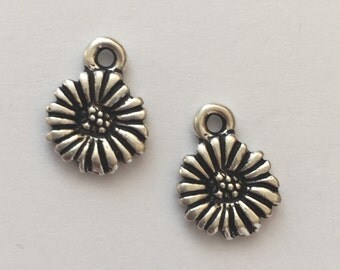 2 Silver Daisy Flower Charm, Pewter, package of 2