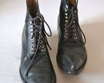 Go West Vintage Victorian black leather pointed booties