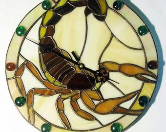 Handmade Wall Clock Tiffany Style Scorpion Stained glass clock Scorpion