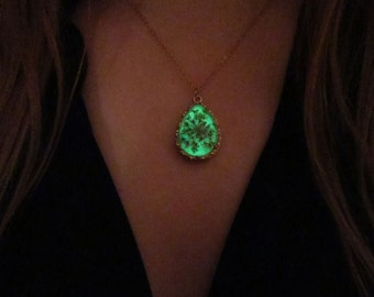 Real flower gold tear drop necklace /glow in the dark