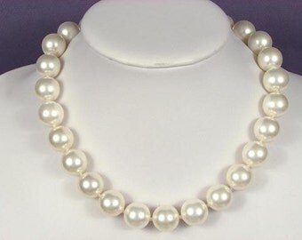Necklace White South Sea Shell Pearls 16mm NHSW0787