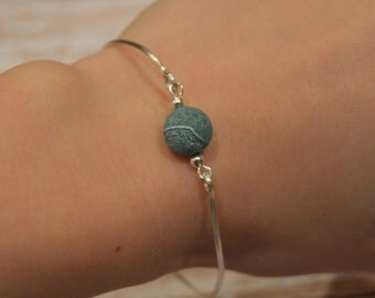Bangle Bracelet with Agate Bead
