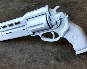 Destiny Hand Cannon Pistol Prop (Advanced Resin Kit For Cosplay/Collectors)