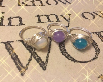 Wire wrapped ring with gemstone