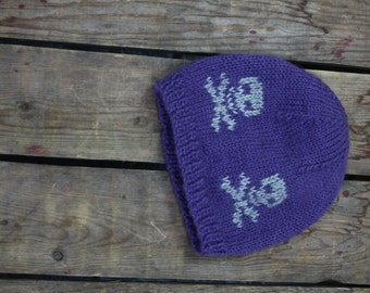 Pirate hat for girl handcrafted in Quebec of alpaca fiber