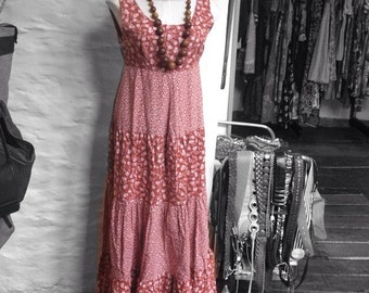 Dress Vintage Early 70s Ditsy Floral Peasant Dress Size 10, Hippie, Hippy, Boho