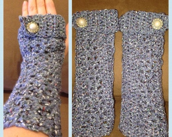 Buttoned fingerless gloves, Gloves, Fingerless gloves, Buttoned gloves, Winter gloves, Arm warmers