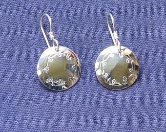Little silver dangle.Small circle earring.Dainty silver drop.Round silver drop.Stamped silver drop.Forged metal drop.Circular earring