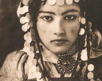 Lehnert & Landrock Photo, portrait of young Tunisian woman, 1905