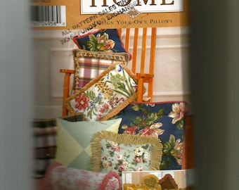Simplicity Design Your Own Pillows Pattern 9683