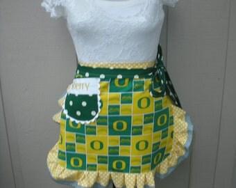 Aprons  - Womens U of O Duck Half Aprons - Handmade Aprons - University of Oregon Duck Aprons - Annies Attic Aprons - Football Team Aprons