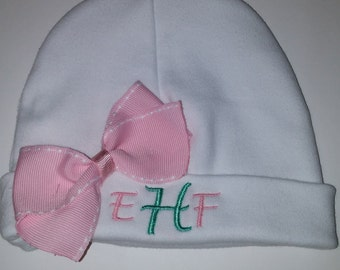 Custom size Boutique Baby girl newborn beanie shower gift infant girl initial me hat personalized hat beanie match layette big bow hospital