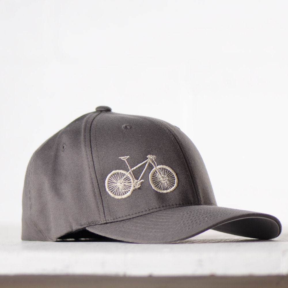 Large Xl Mountain Bike Flexfit Fitted Hat Cream Embroidery