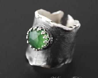 Zornica- Fine silver and Green Russian Serpentine ring
