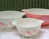 Cinderella Gooseberry Vintage Pink and White Pyrex Three Bowl Set