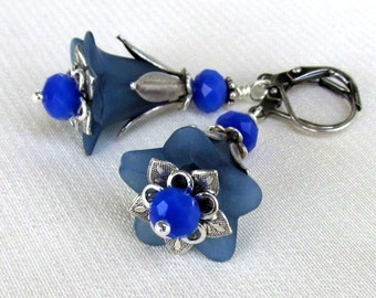 Lucite Blue Flower Earrings, Antique Silver Leverbacks, Cornflower Blue Crystal Dangle Earrings... Floral Jewelry