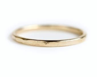 14k gold wedding band - Hammered gold wedding ring - hammered gold ring