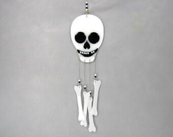 Glass Skull and Crossbones Wind Chime,Glass Jolly Roger Windchime
