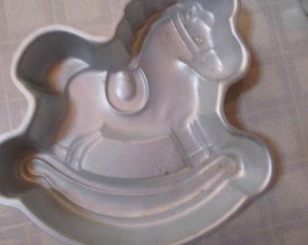 wilton rocking horse cake pan.1984