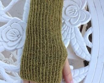 Knit Wrist Warmers/Fingerless Gloves