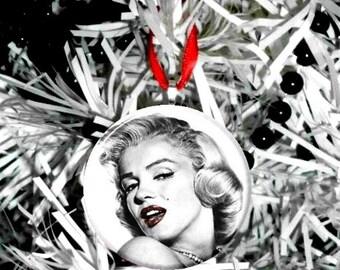 "Marilyn Monroe Red Lips 2.25"" Ornament"