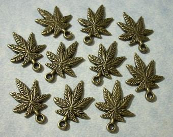 10 Cannabis Leaf Charms 14 x 21mm Bronze