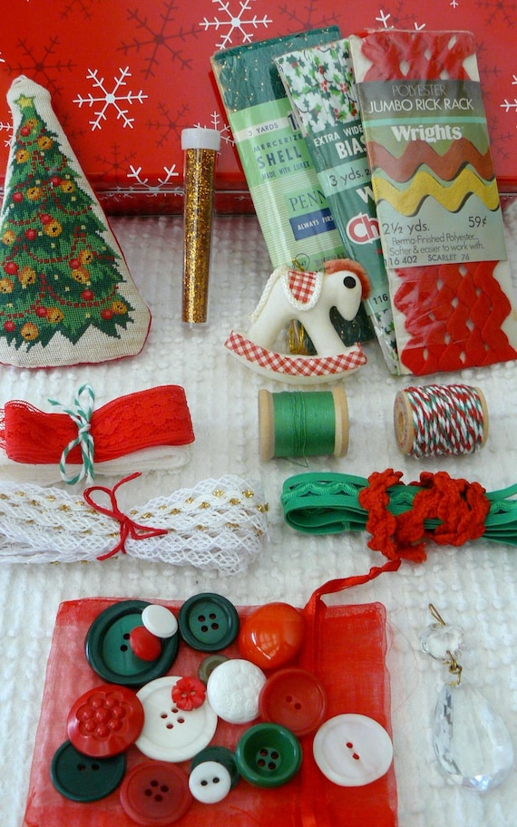 Vintage treasure tin filled with vintage christmas sewing for Vintage christmas craft supplies