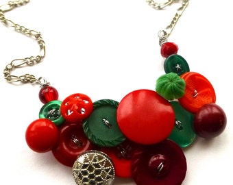 Chunky Red and Green Christmas Holiday Vintage Button Statement Necklace