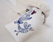 Kissing Bird -  Machine embroidered - Linen Lavender Sachet