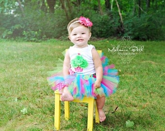 Baby Girl 1st Birthday Tutu Set--Party Outfit--3D Cupcake--Personalized