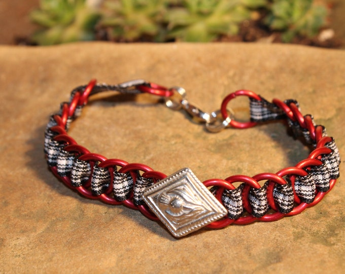 The Dundee Bracelet - Highland Dance edition - Menzies - Pewter Button - Red Rings