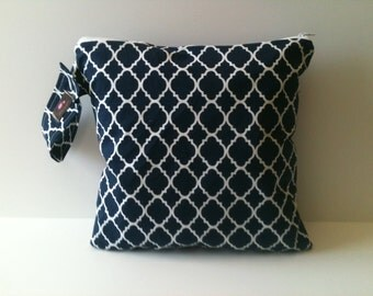 Wet Bag For Cloth Diapers,Wet Bag, Cloth Diaper Wet Bag, Diaper Bag,Cloth Pads, Navy Lattice