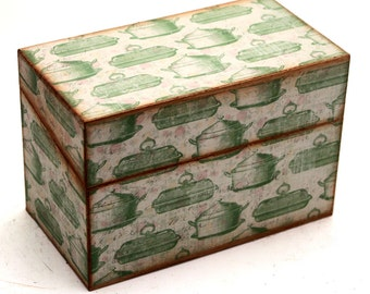 Wood Recipe Box Retro Cream with Green Vintage Roasters Fits 4x6 Cards
