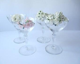 Vintage Leaf Champagne Coupe Glasses Set of Four - Elegant