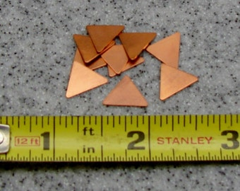 9.5 x 11.7mm Copper Triangle 24 Gauge  Pack of 10