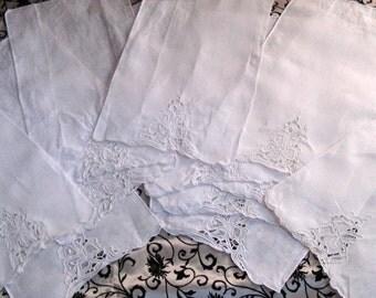 Edwardian Linen and Lace Placemats / Napkins Lot of 11 / Linen Napkins
