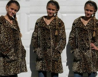 60s Faux Leopard Coat / Retro Leopard Coat