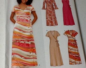 Short Sleeve Summer dress pattern Size 8-18 Uncut