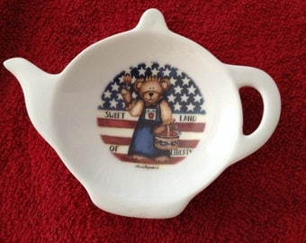 Ceramic Teabag Holder America Teddy Bear Sweet Land of Liberty  4.5 ""