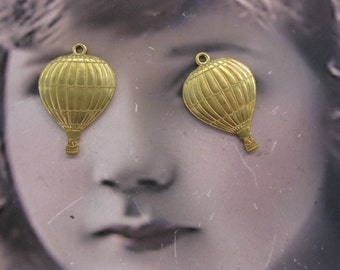 Raw Brass Small Hot Air Balloon Charms 559RAW  x2