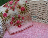 dollhouse quilt miniature 1:12 embroidery vintage style