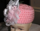 Crochet Newborn Baby Girl  0 to 2Mo.  Pill Box Hat  Pink + Fabric Flowers PHOTO PROP