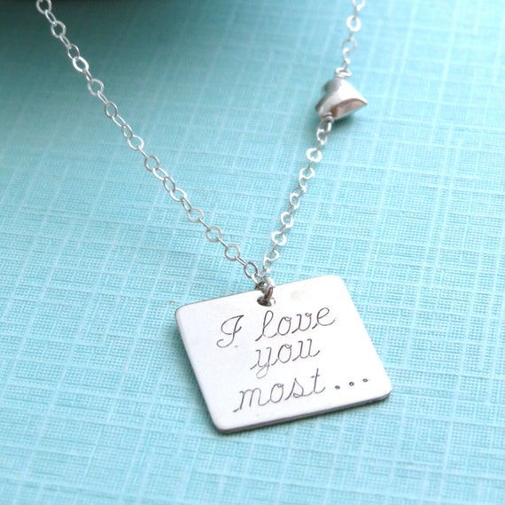 'I Love You' 100 Languages Projection Necklace - Deal Trove
