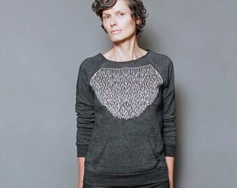 Cozy Sweatshirt for Women, Grpahic Sweatshirt, Womens Sweatshirt Pullover, Modern Geometric Lace Screen Print - Angel Wings
