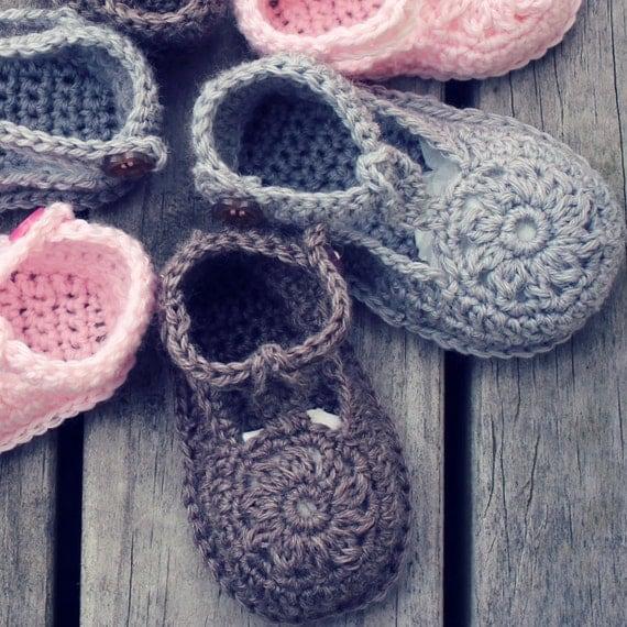 Download Now - CROCHET PATTERN Flower Motif Baby Shoes - Pattern PDF