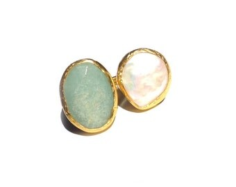 Aventurine and pearl Ring with sterling silver coated 18K gold, statement ring, big ring, pearl ring, free form pearl ring, two stone