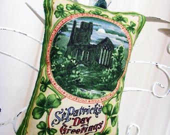 Olden Night in Ireland Greetings Ornament - Sachet / St. Patrick's Day Ornament / Green Shamrocks - Old Castle - Full Moon / Gift Under 15