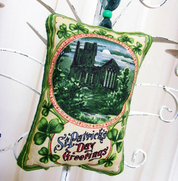 Olden Night in Ireland Greetings Ornament - Sachet / St. Patrick's Day Ornament / Green Shamrocks - Old Castle - Full Moon / Gift Under 15