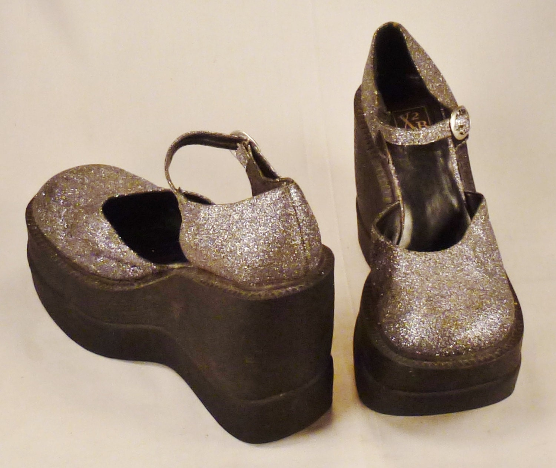mod platform shoes metallic silver 1970s glitter size 8 1 2