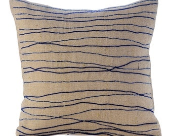 """Designer Blue Decorative Pillow Cover, 16""""x16"""" Burlap Pillow Covers, Square  Ocean Waves Beach And Ocean Theme Pillows Cover - Sea King"""